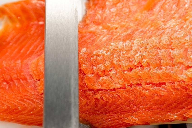 Salmone affumicato affettato
