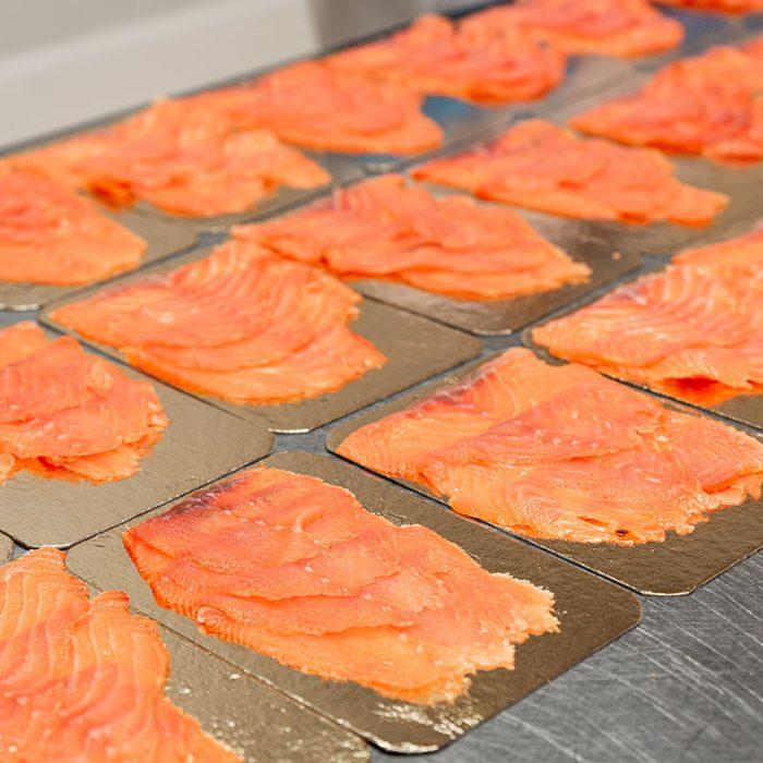 confezionamento salmone affumicato